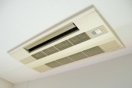 天井取付型エアコン